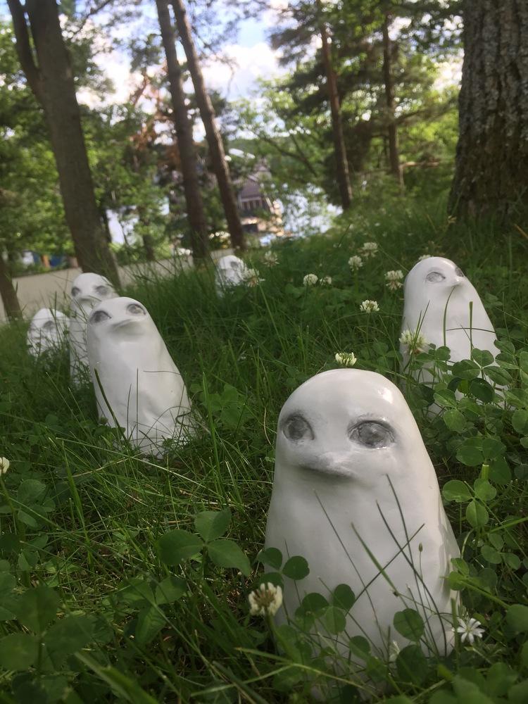 'Skogsspöken', 2017, ett konstverk av Karin Wiberg