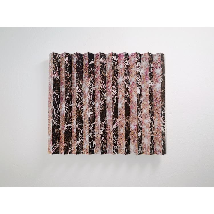 'Flimmer', 2019, ett konstverk av Sara Forsström
