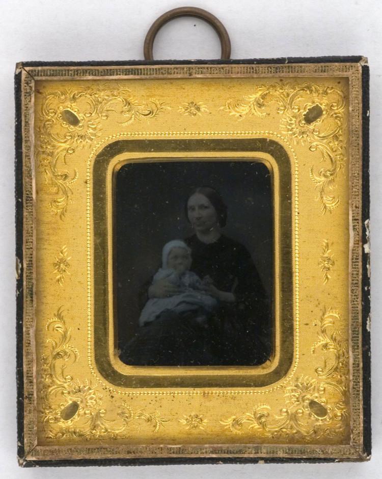'Maria Catharina Malmberg with Children', 1860, ett konstverk av Carl Jacob Malmberg