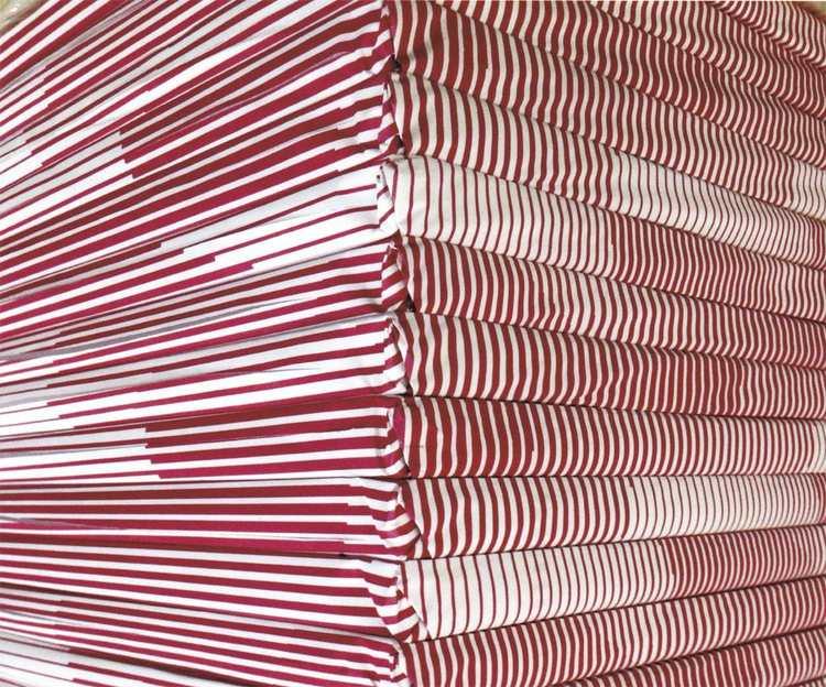 'Corner red/white', 2017, ett konstverk av Eline Mugaas