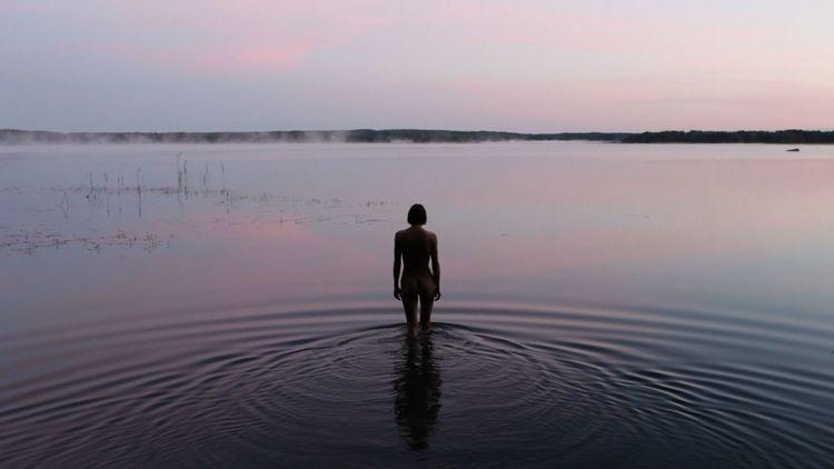 'Black Bay ', 2010, ett konstverk av Elina Brotherus