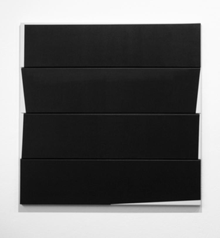 'One Size Fits All III', 2017, ett konstverk av Ylva Nissen
