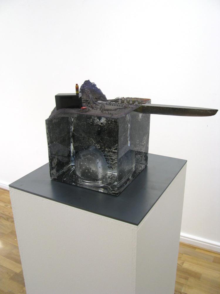 'Intruder II', 2018, ett konstverk av Bertil Vallien