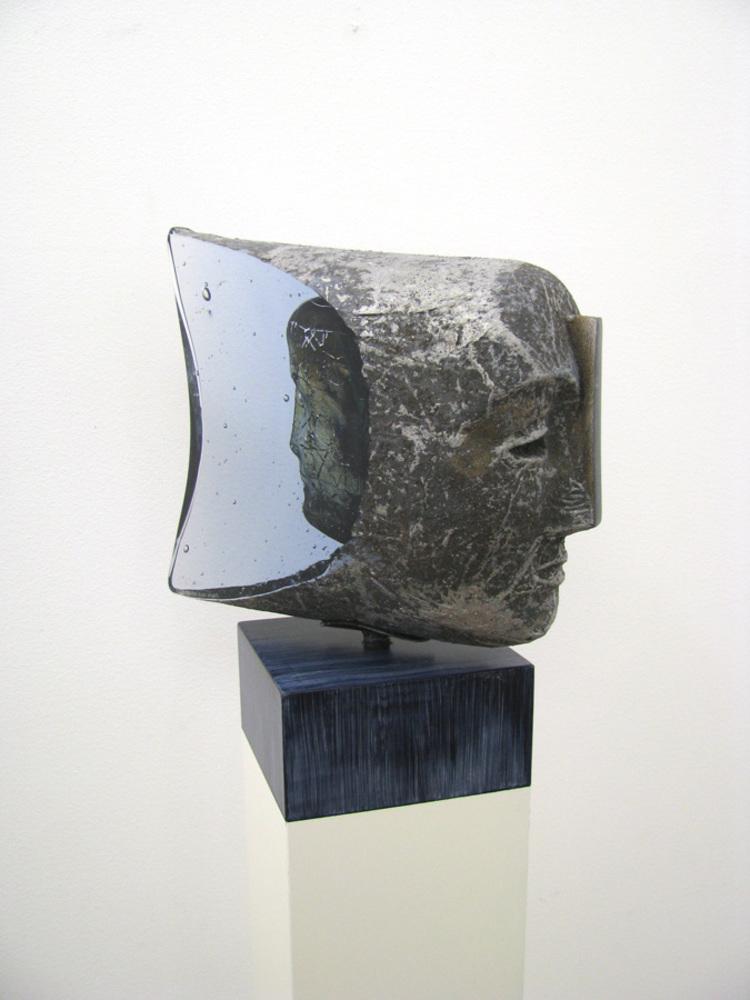 'Janus', 2018, ett konstverk av Bertil Vallien