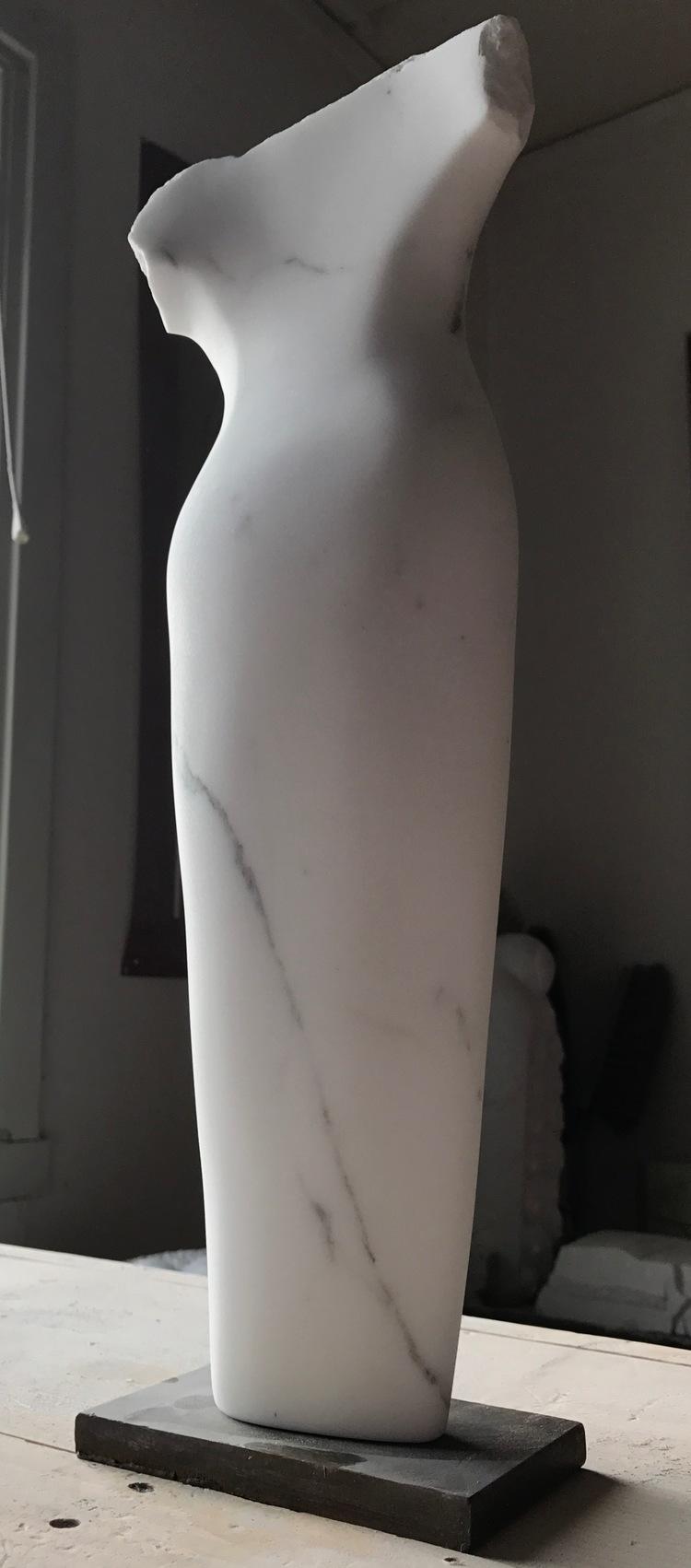 'Torso, Carrara marble', 2017, ett konstverk av Anna Löwdin