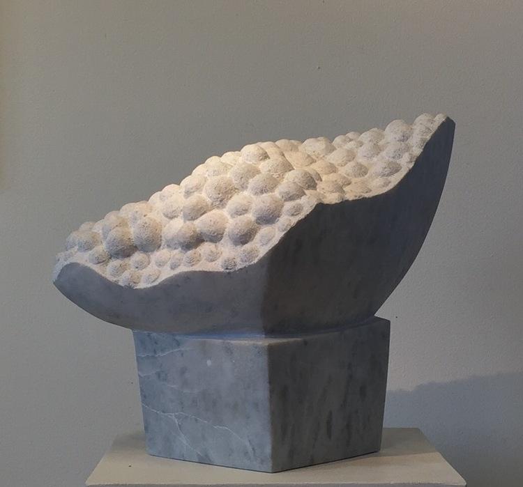 'Form', 2015, ett konstverk av Sergio Perea Jerez