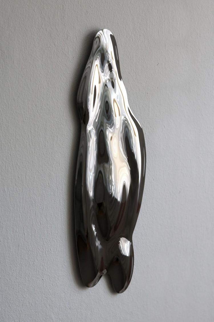 'Bodybuilding Mirror no 3', 2019, ett konstverk av Sofia Eriksson