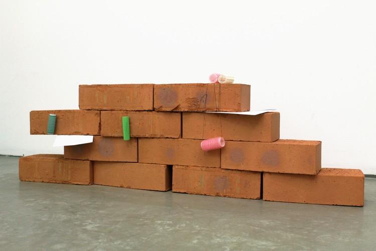 'Missing', 2019, ett konstverk av Tilpo
