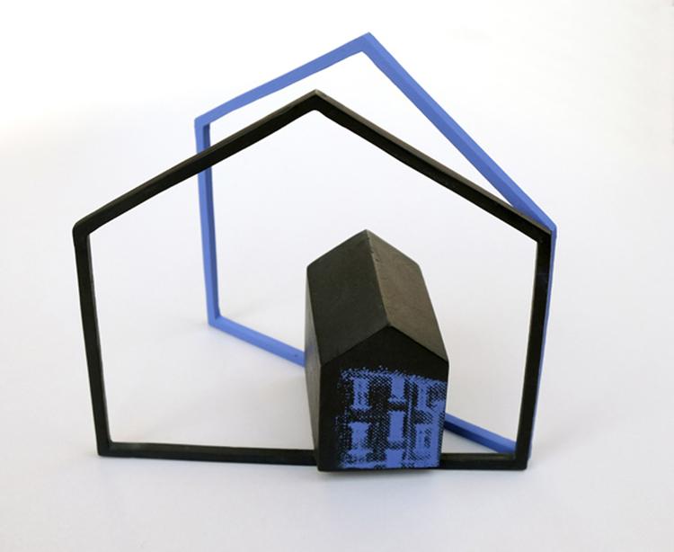 'Hus', ett konstverk av Thina Segerström