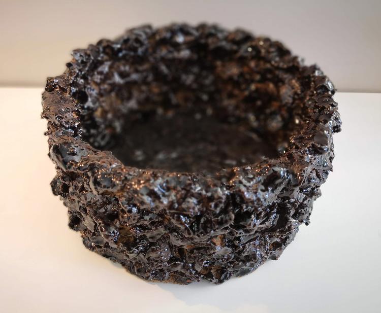 'Stoneware Object, Small', 2018, ett konstverk av Backa Carin Ivarsdotter