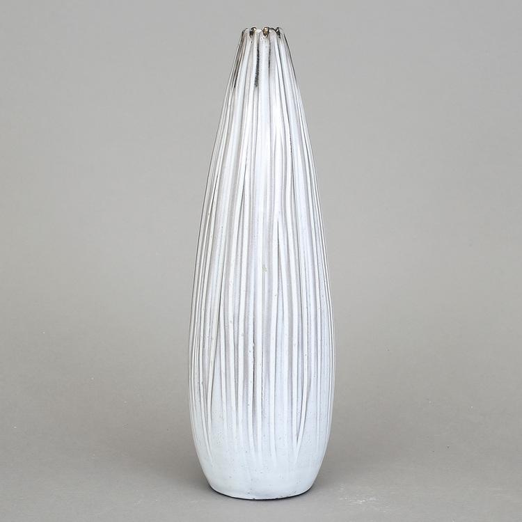 '5. Vas Fungo', 2019, ett konstverk av Vicke Lindstrand