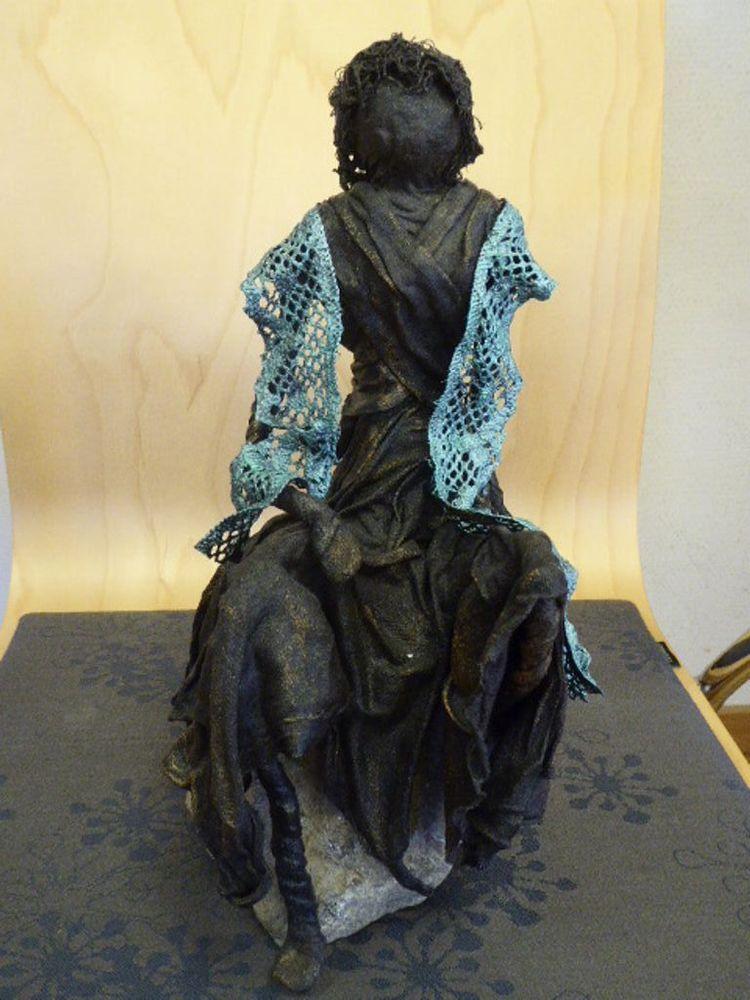 'Lugnet, Skulptur (Paverpol)', ett konstverk av Lena Domäng