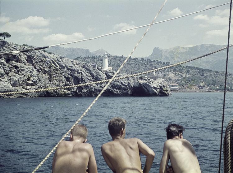 'Besättningsmän, däck och maskin', 1959, ett konstverk av Staffan Wettre