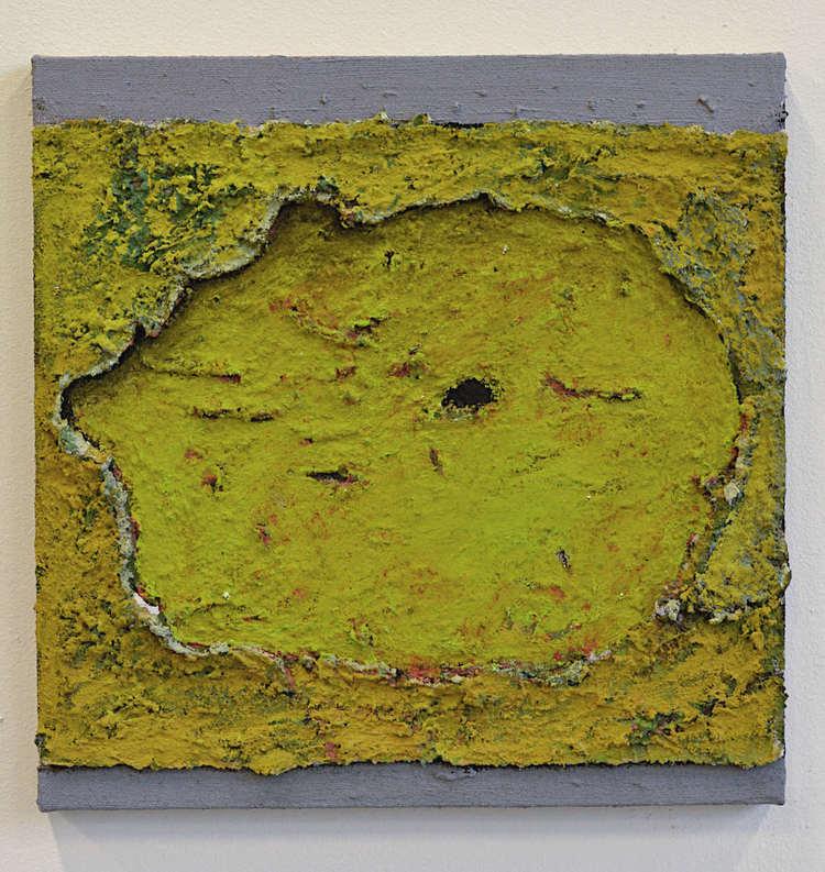 'Utan titel (20200116, litet gult hål)', 2020, ett konstverk av Ivar Lövheim