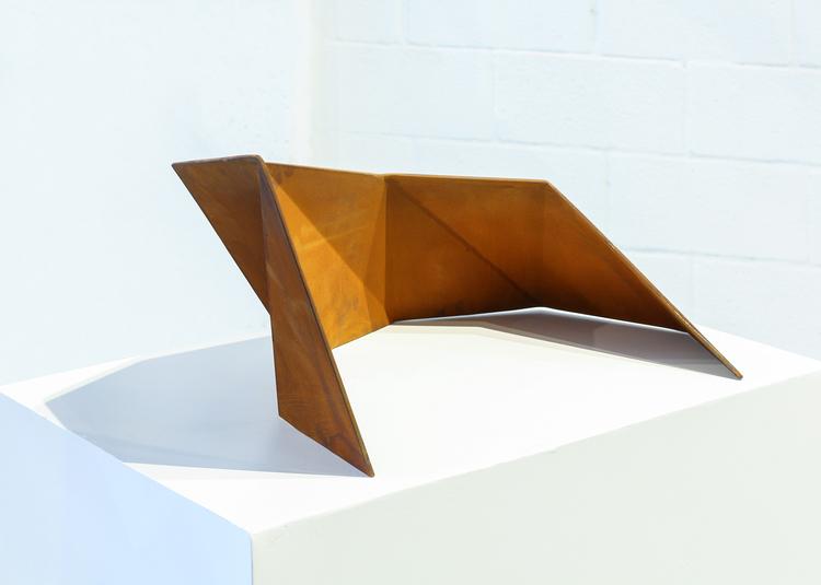 'Whisper', 2018, ett konstverk av Matias Di Carlo